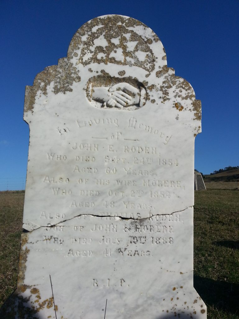 Headstone of John Edware Rodden Thompson, Morere, and their son