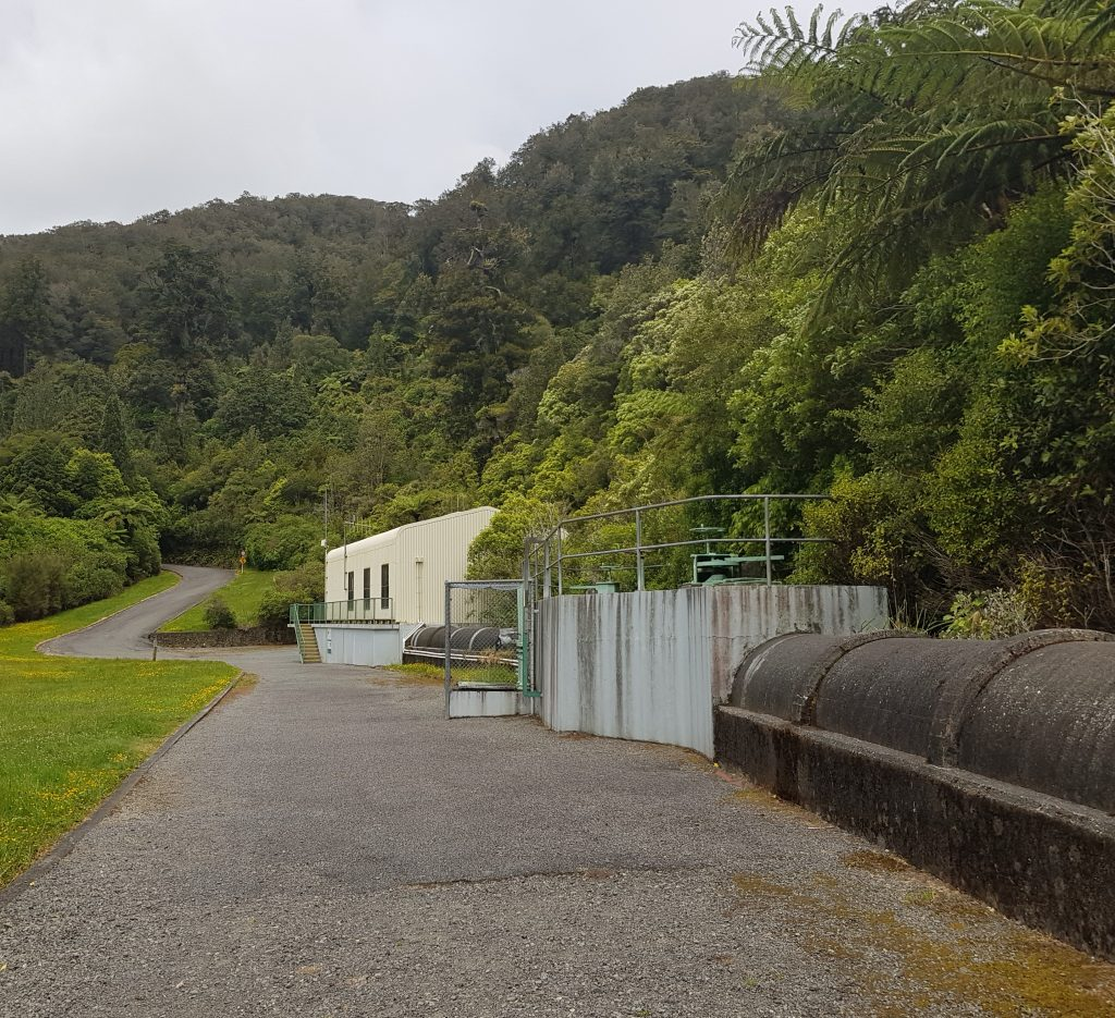 Strainer house at Pakuratahi