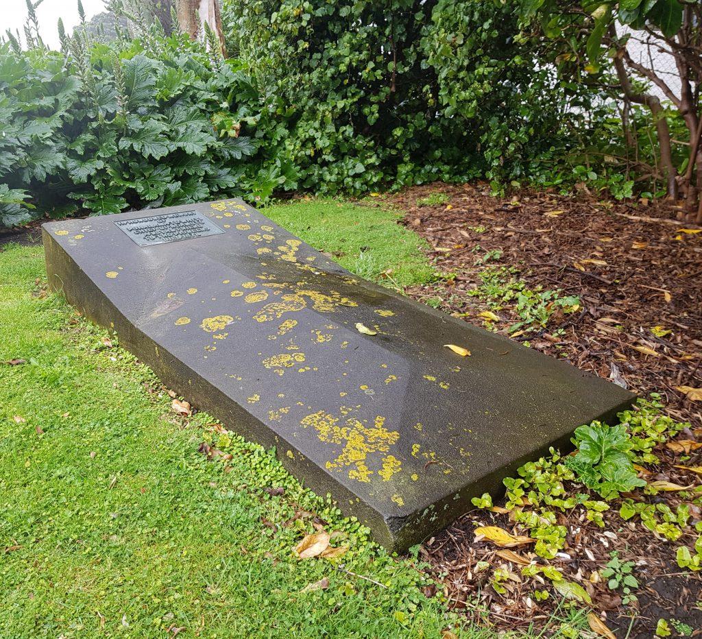 Grave of Poharama Te Whiti